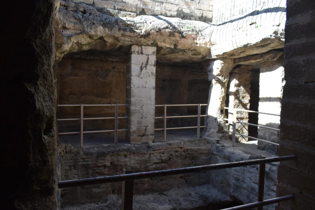Cámara superior de las cuevas budistas