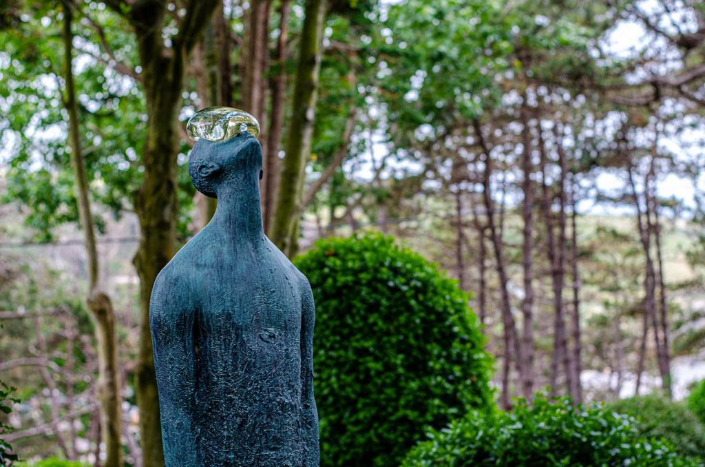 jardín-etretat-escultura