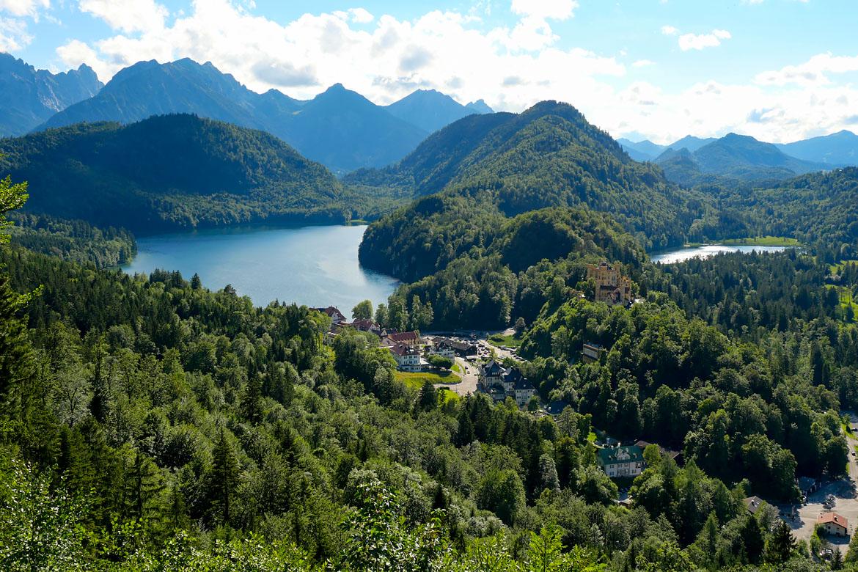Viaje por carretera al lago Alpsee Baviera Alemania