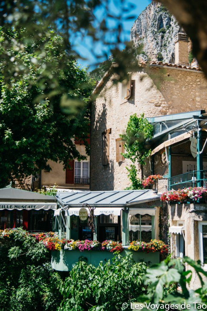 Pueblo de Moustiers Sainte Marie