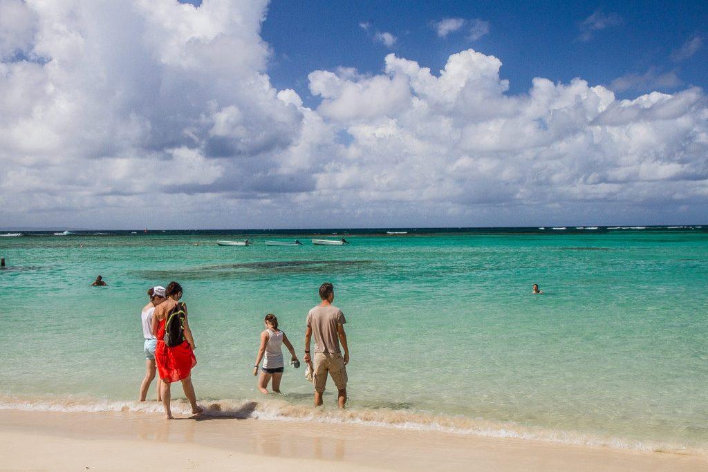 Playa Sainte Anne Guadalupe Verano 2020