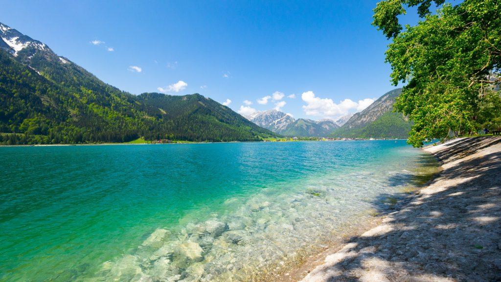Lago en Austria