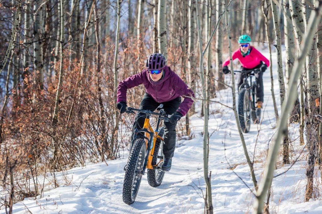 Bicicleta de montaña de nieve (o Fatbike), un deporte de nueva tendencia