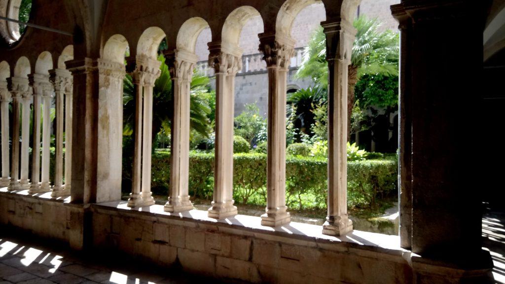 claustro convento franciscano