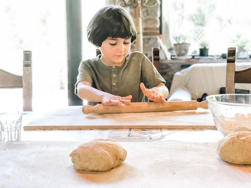 Atlas toma una clase de cocina - como hacer la escuela mundial