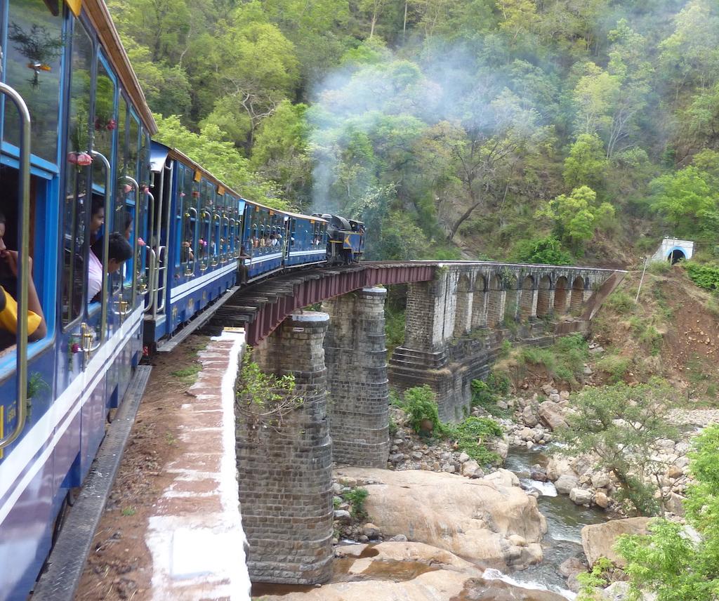 Las principales atracciones turísticas del sur de la India: el ferrocarril de montaña Nilgiri, Tamil Nadu