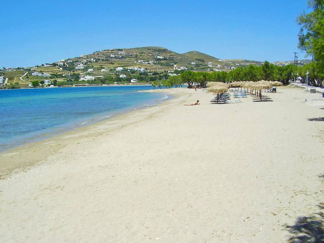 Playa de Livadia en Paros