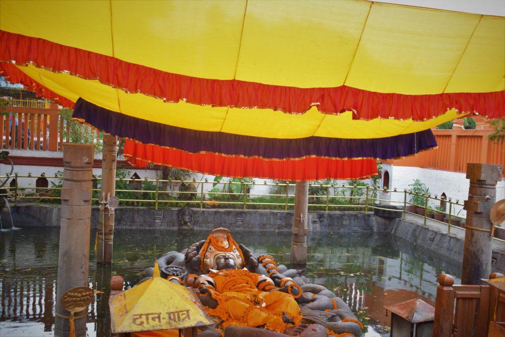 Templo Budhanilkantha