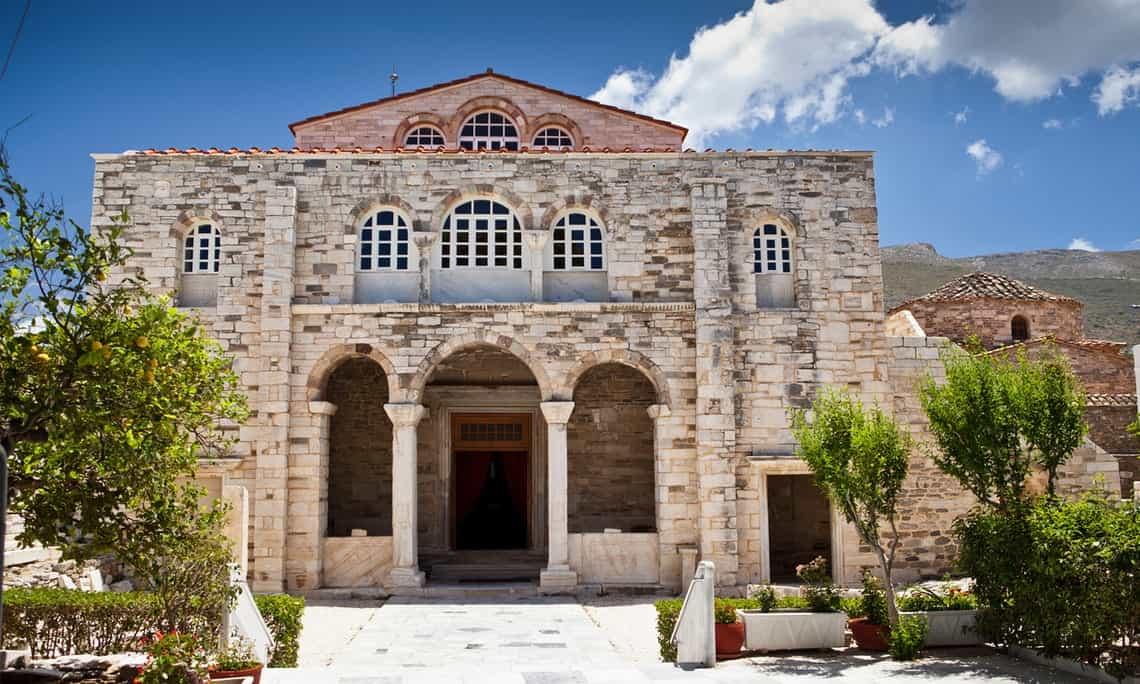 La Basílica de Panagia Katapoliani en Parikia