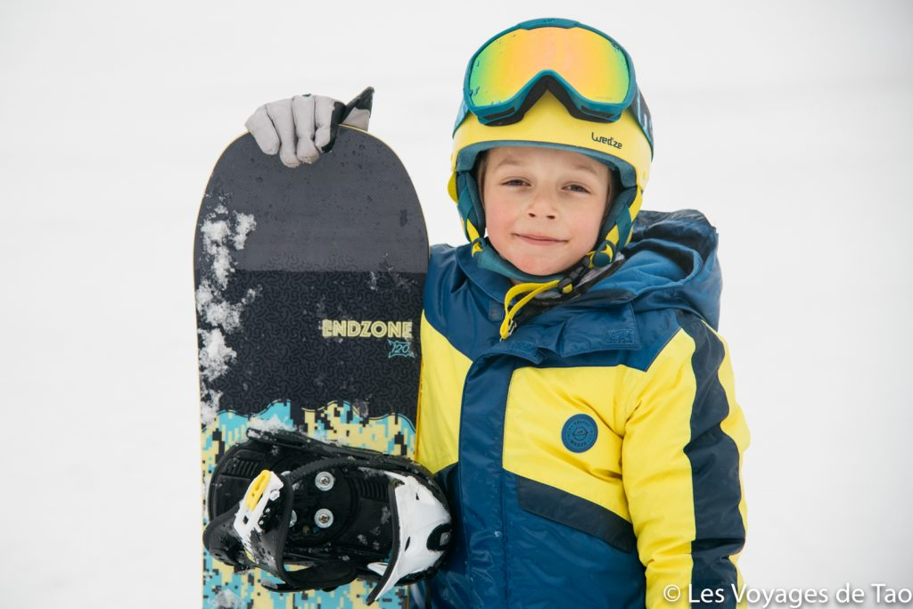 Como hacer que su hijo comience a hacer snowboard