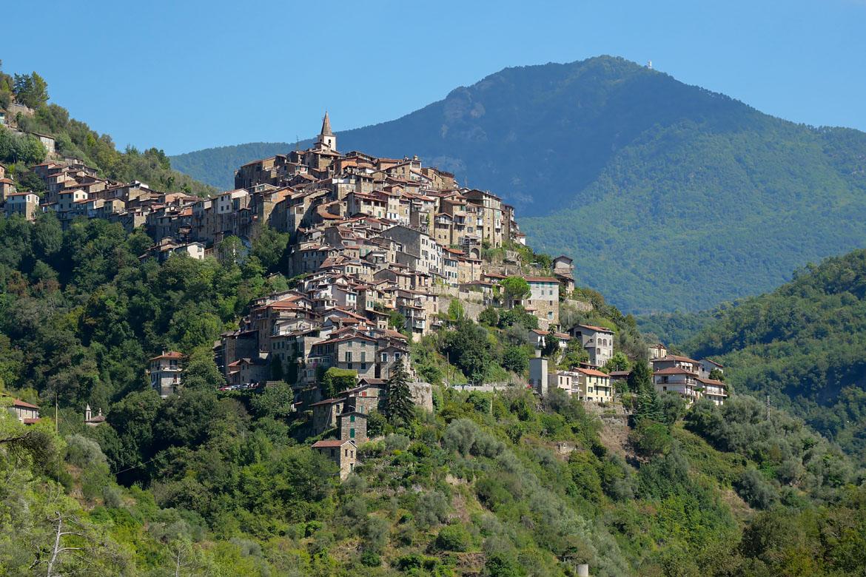 Village porque de Apricale en Italie