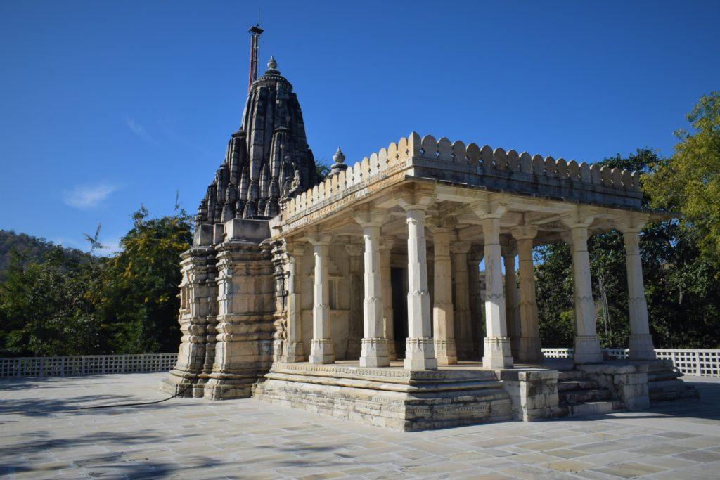 Arquitectura del templo de Neminath