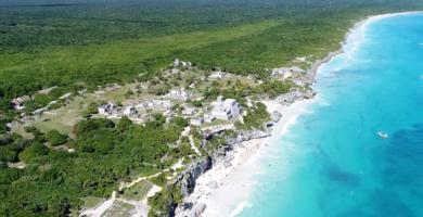sitio arqueologico de tulum sitio maya completamente junto al mar