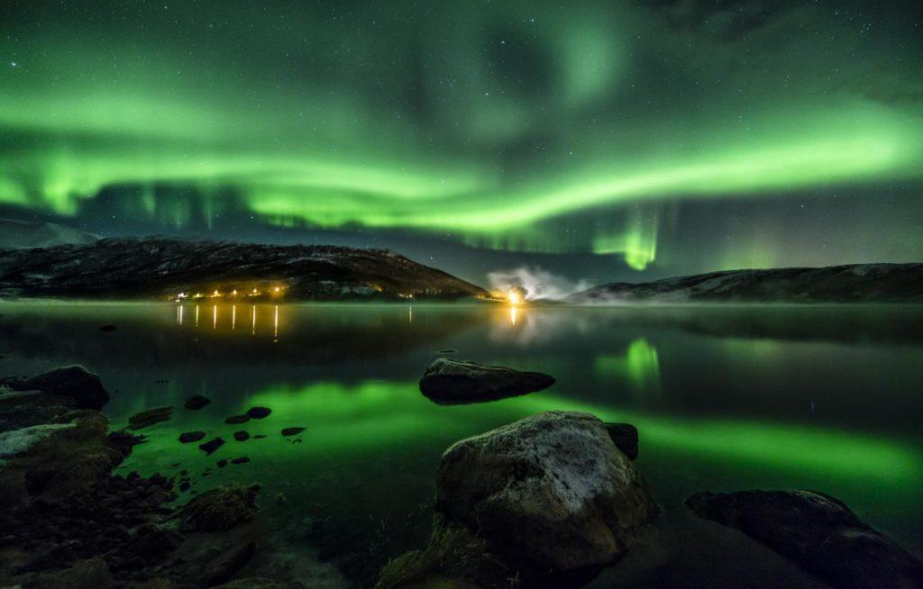 Las luces místicas de la aurora boreal en Laponia