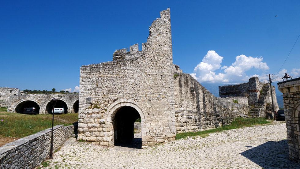 1608676030 106 50 impresionantes fotos que te haran querer visitar Albania ahora