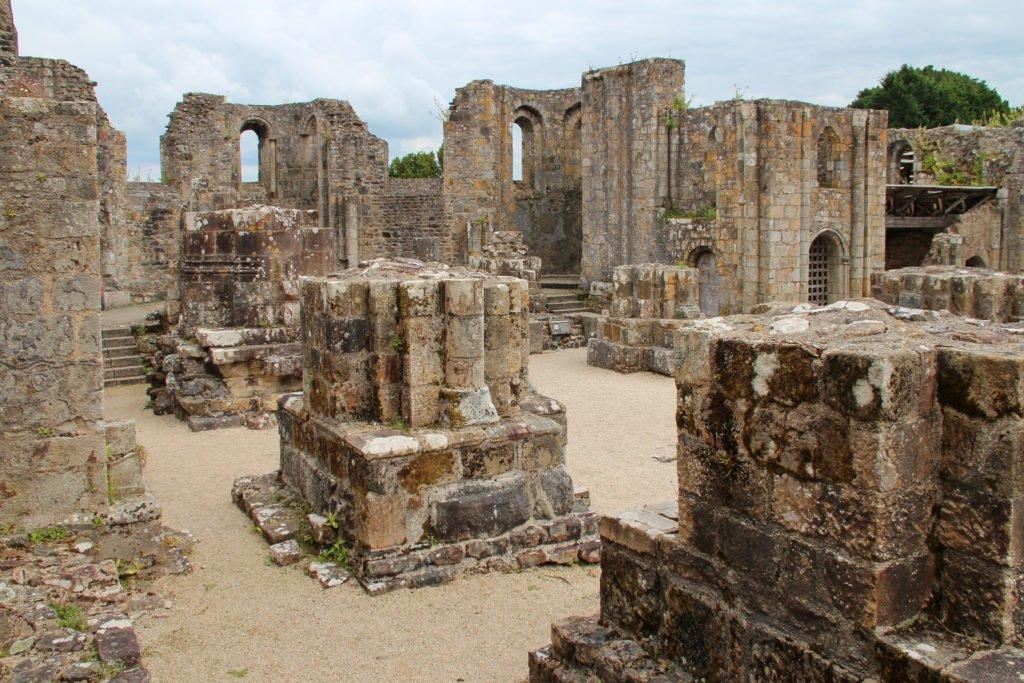 antigua abadía de Landévennec Bretaña