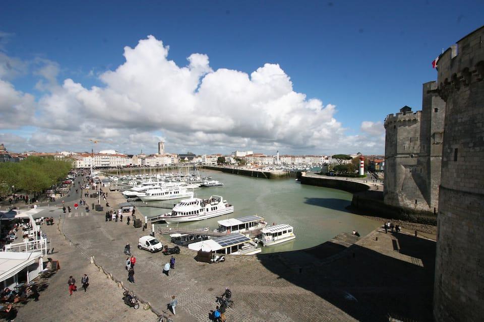 vista del antiguo puerto de La Rochelle