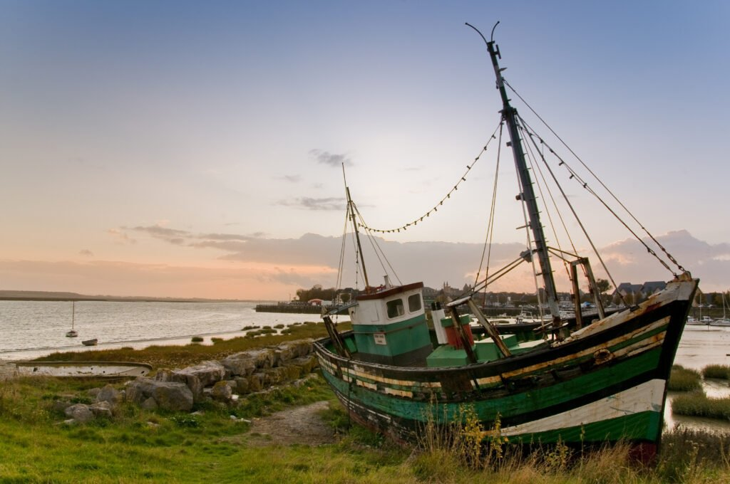 barco varado en Crotoy