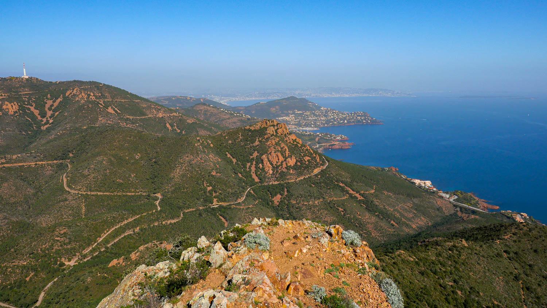 Vista desde Cap Roux sobre Cannes (Estérel Var)