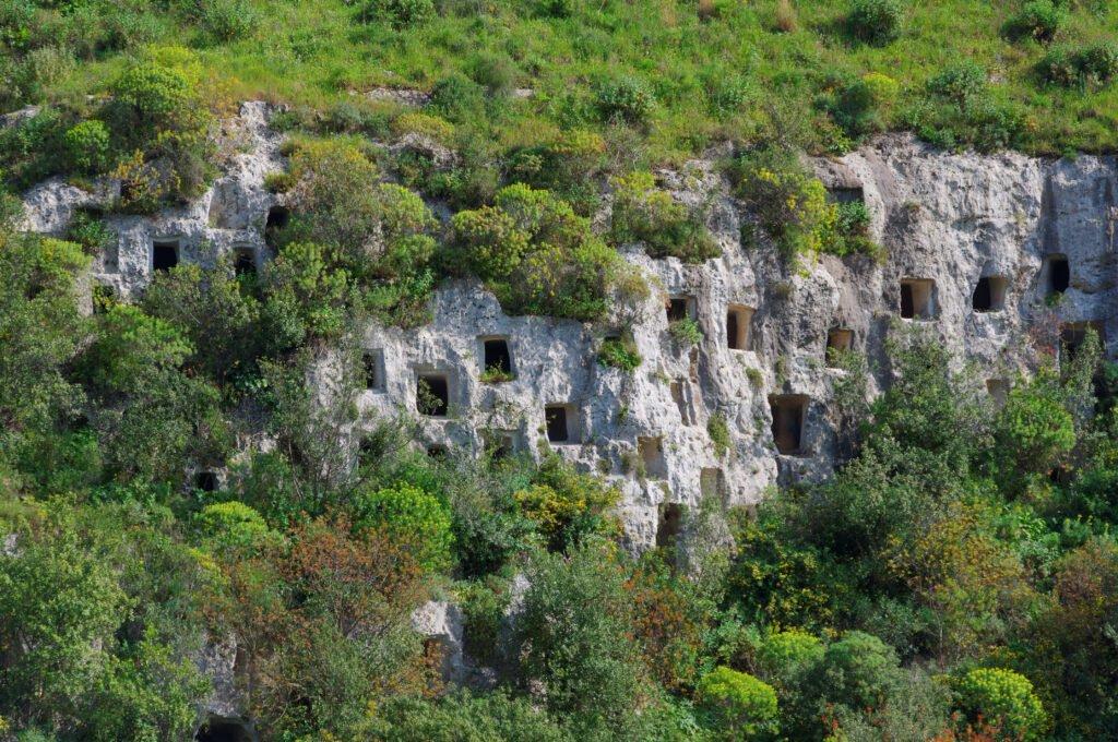 Necrópolis de Pantalica paisajes de Sicilia