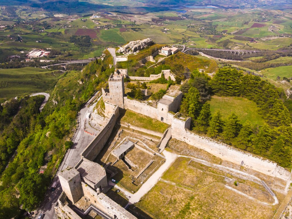 El castillo de Enna en Sicilia
