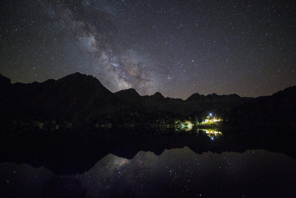 Observación de estrellas en Aigüestortes
