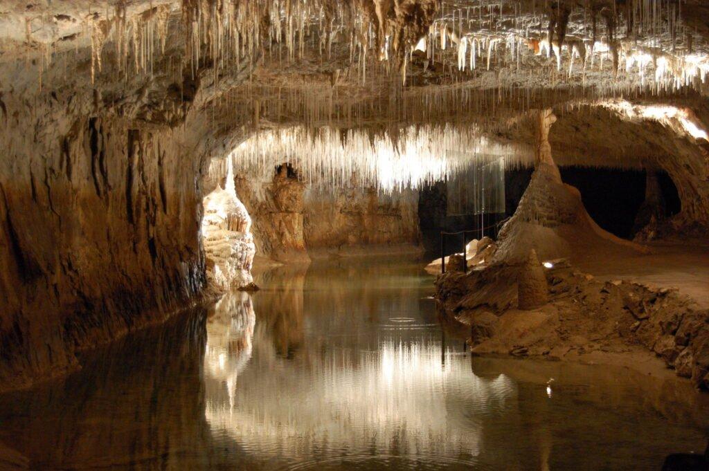 Cueva de Choranche en el parque natural de Vercors