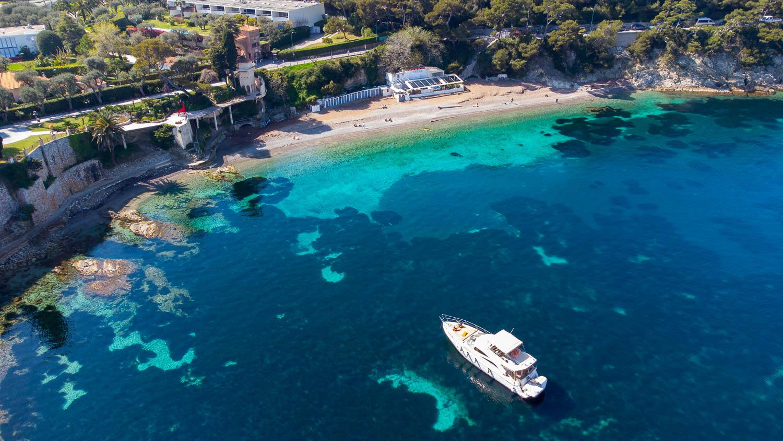 La Paloma Saint Jean Cap Ferrat Côte d'Azur playa (vista de drone)