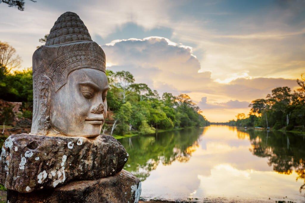 Después de la visa, la visita a Camboya.