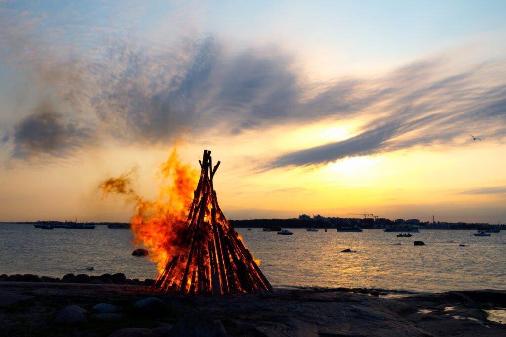 Celebre San Juan en Finlandia