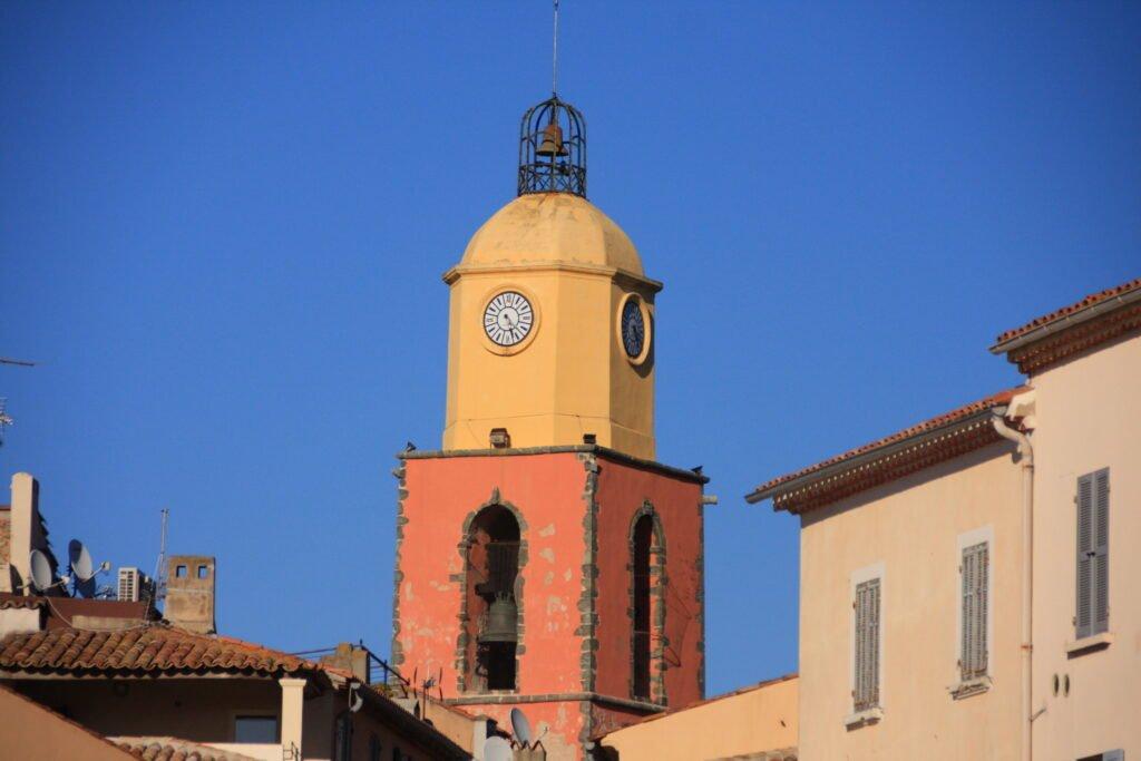 El campanario de Notre-Dame de l'Assomption