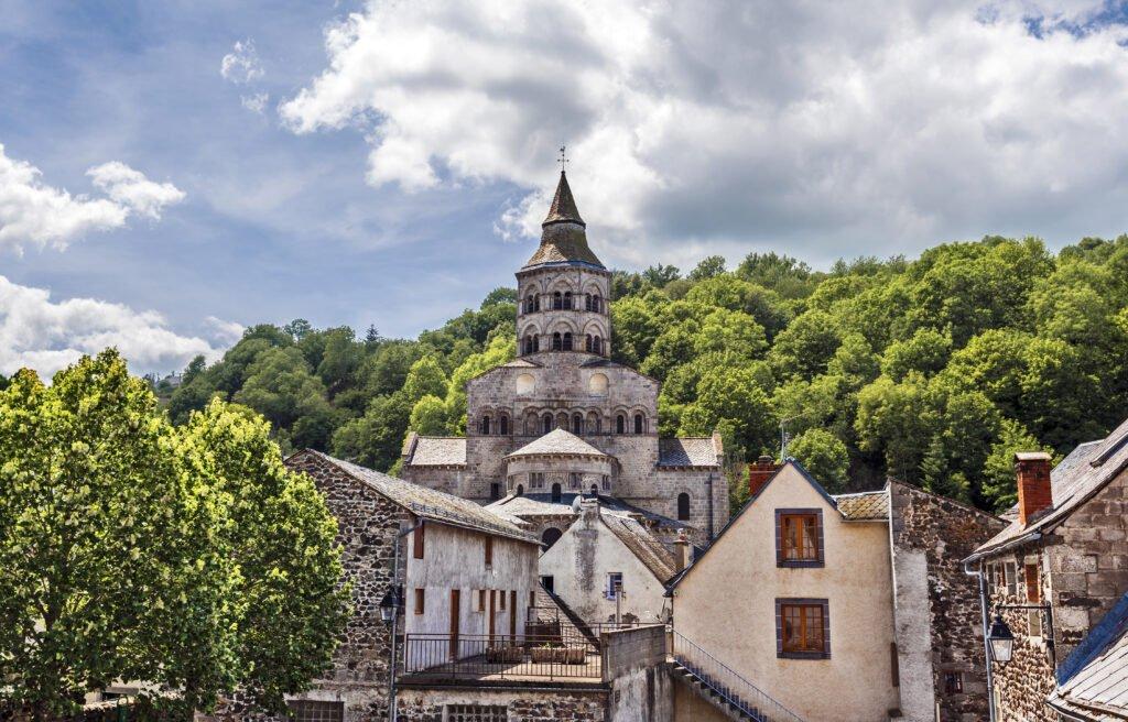La iglesia de Orcival en Auvernia