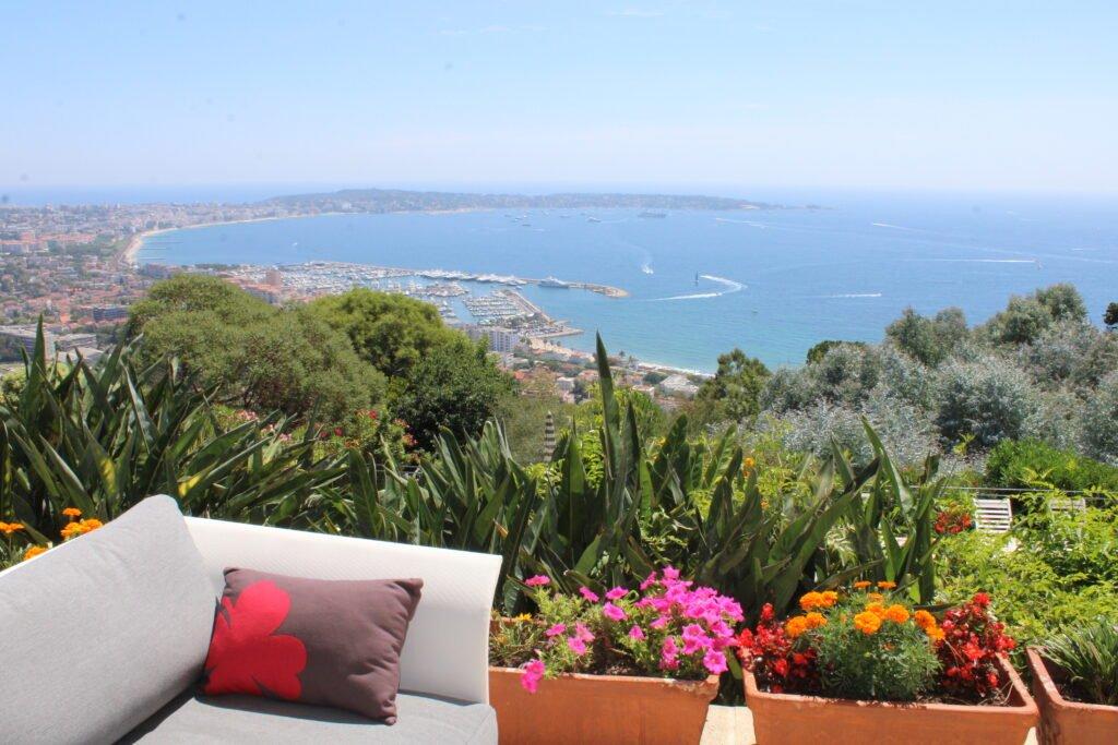 Elija una residencia junto al mar