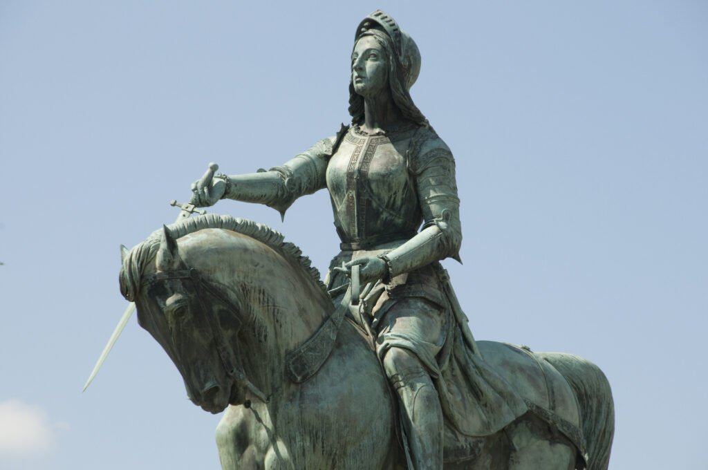 Estatua de Juana de Arco en Orleans