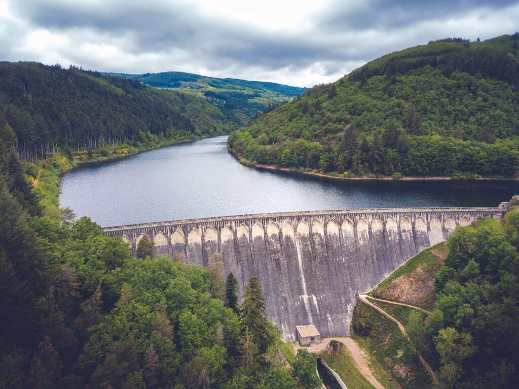 La presa de Tache (una de las 2 presas de Renaison)